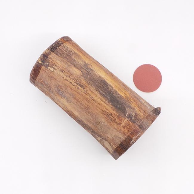 Brown walnut log - 180 x 90 x 90mm