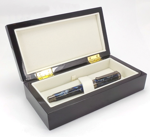 Premium quality gloss lacquered pen box